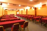 13-conference-hall